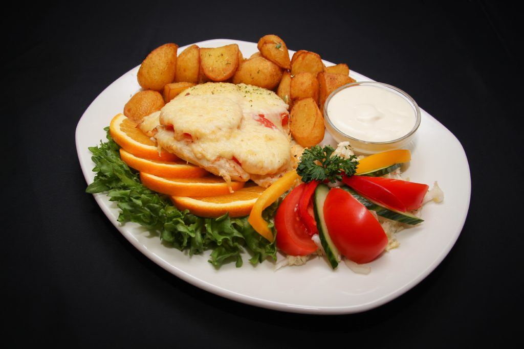 Kanafilee tomati-juustu kattega